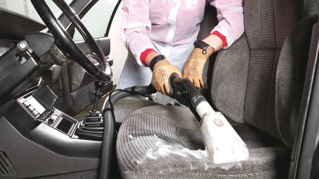 Tapicer as de coches en sevilla talleres reciauto - Tapiceros de coches en murcia ...